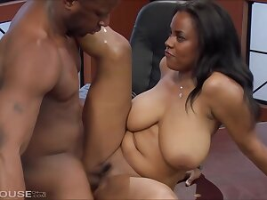 Busty, disastrous milf is issuance her wings wide open together with getting fucked while still at work
