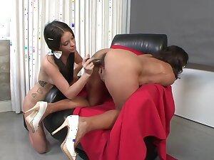 Horny pornstars Persia Monir and Bonnie Skye almost moronic college, mature xxx movie