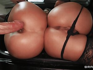 Jada Stevens and Sheena Shaw team up to have making love with a handful of man