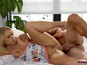 Busty light-complexioned Katie Morgan having fun just about his delicious Hawkshaw